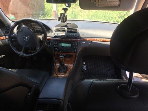 Navigatie mica Mercedes e class w211