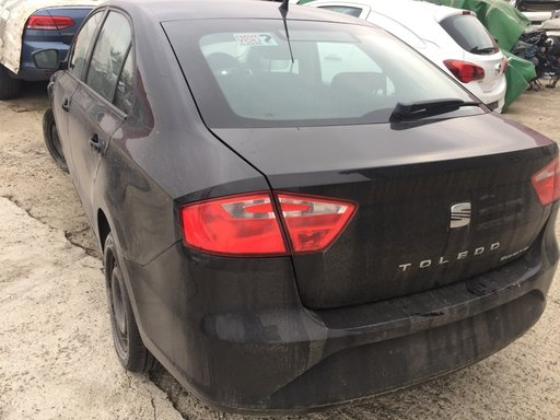 Oglinda dreapta completa Seat Toledo 2014 hatchback 1.6 tdi