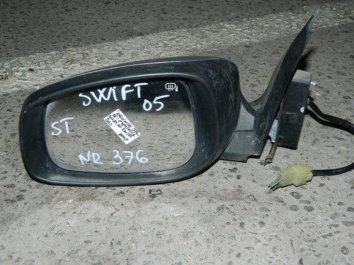 Oglinda stanga Suzuki Swift din 2005