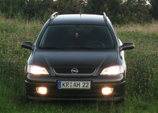 Opel Astra G Caravan, negru, motor 2.0 Diesel, 74 kw