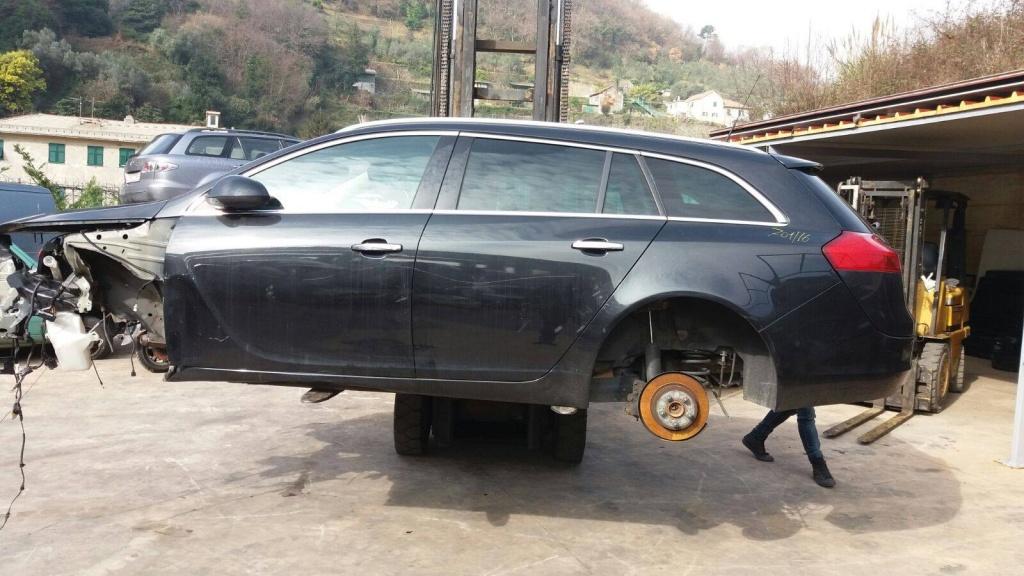 Opel insignia 2.0 dth (fara mecanica) 2010 caravan