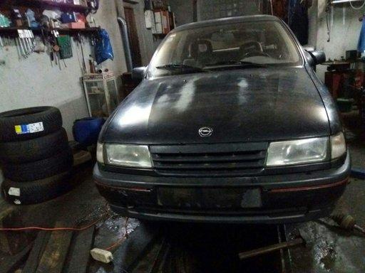 Opel Vectra A din 1991 2.0 dezmembrez