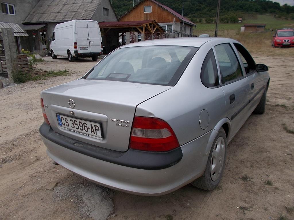 Opel vectra b 2.0 tdl