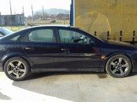 Opel Vectra C 2.0 DTI 100 cp an 2004