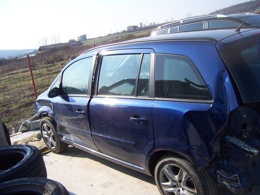Opel zafira 2010 1,6