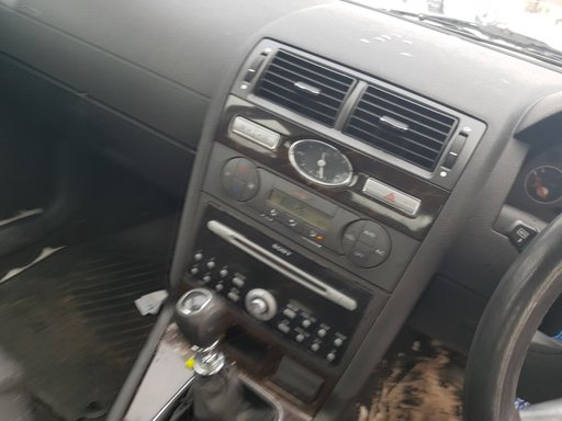 Panou butoane geamuri electrice Ford Mondeo Facelift MK3 2.0 TDCI 130CP 2007