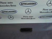 Panou buton avarii Mercedes Clasa E W211 A2118218558