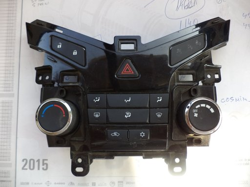 Panou climatronic Chevrolet Cruze 1.6 benzina 2010