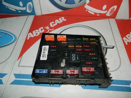 Panou siguranta VW Passat B7 3C0937125