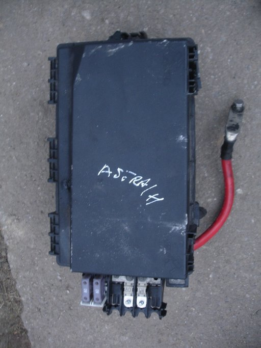 Panou sigurante fata opel astra h 1.3 90cp an 2004-2009