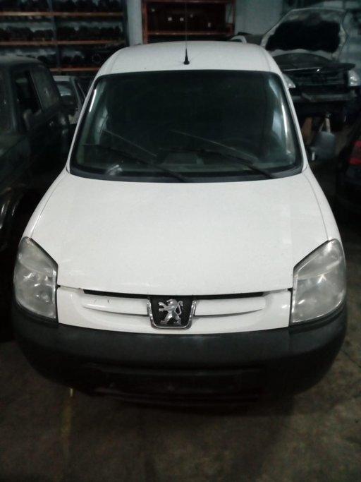 Parasolare Peugeot Partner 2005 Fourgon 1.9 d