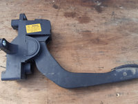 Pedala acceleratie iveco daily 2,3 hpi an fab 2006-2012 cod 0281 002 633