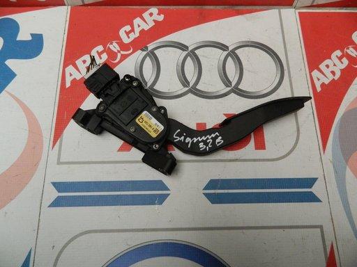 Pedala acceleratie Opel Signum 3.2 benzina COD:9186725CF