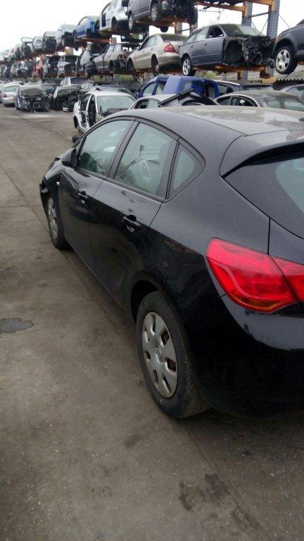 Piese din dezmembrari Opel Astra J 2010 A17DTR