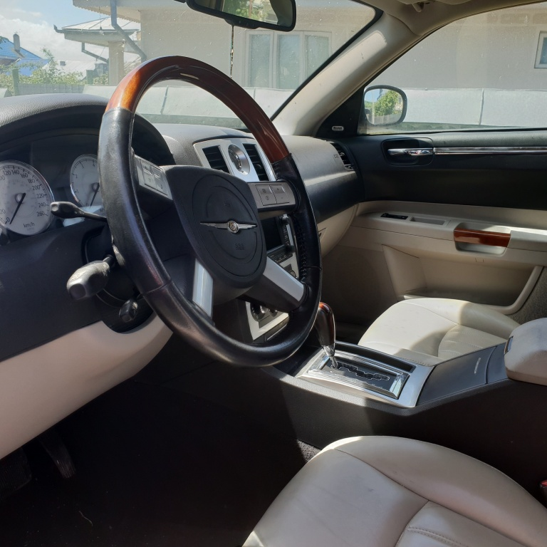 Planetara dreapta Chrysler 300C 2007 4 usi 3500 benzina