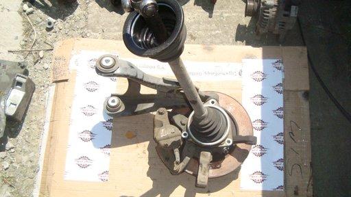 Planetara stanga / dreapta Renault Kangoo 1.5 dci euro 3 din 2006