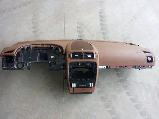 Plansa bord +airbag sofer +airbag pasager(kit complet) Porsche Cayenne