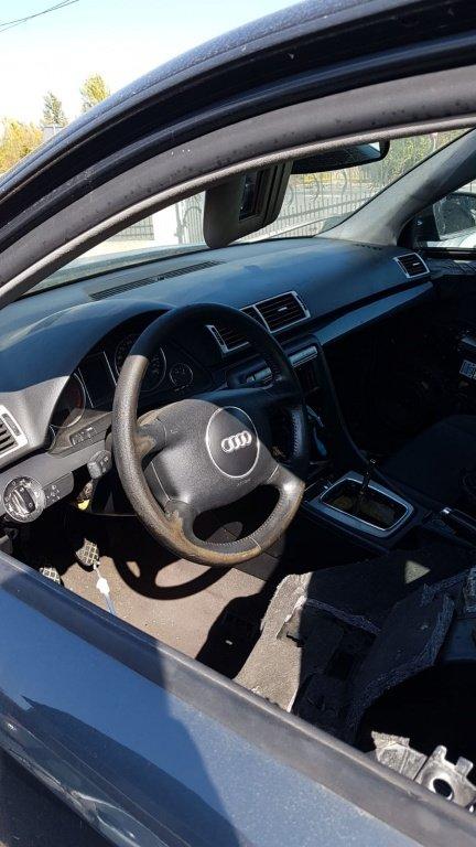 Plansa bord Audi A4 motor 2.0,benzina cod motor ALT,