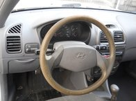 Plansa bord Hyundai Accent 1.4 benzina an 2003