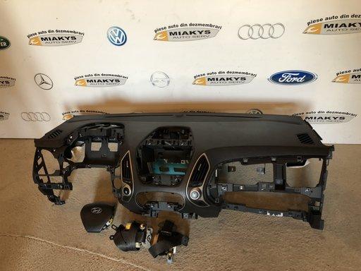 Plansa bord+set airbag-uri Hyundai IX35