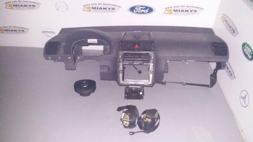 Plansa bord+set airbag-uri VW Touran 2004-2007