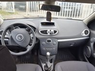 Plansa de bord Renault Clio 3 - 2006 cu airbag pasager