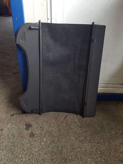 Polita portbagaj husa portbagaj dacia daster