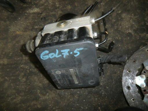 Pompa ABS Golf 5