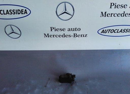 Pompa amorsare joasa presiune Mercedes A6110900350