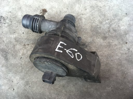 Pompa apa auxiliar BMW E60 6922647