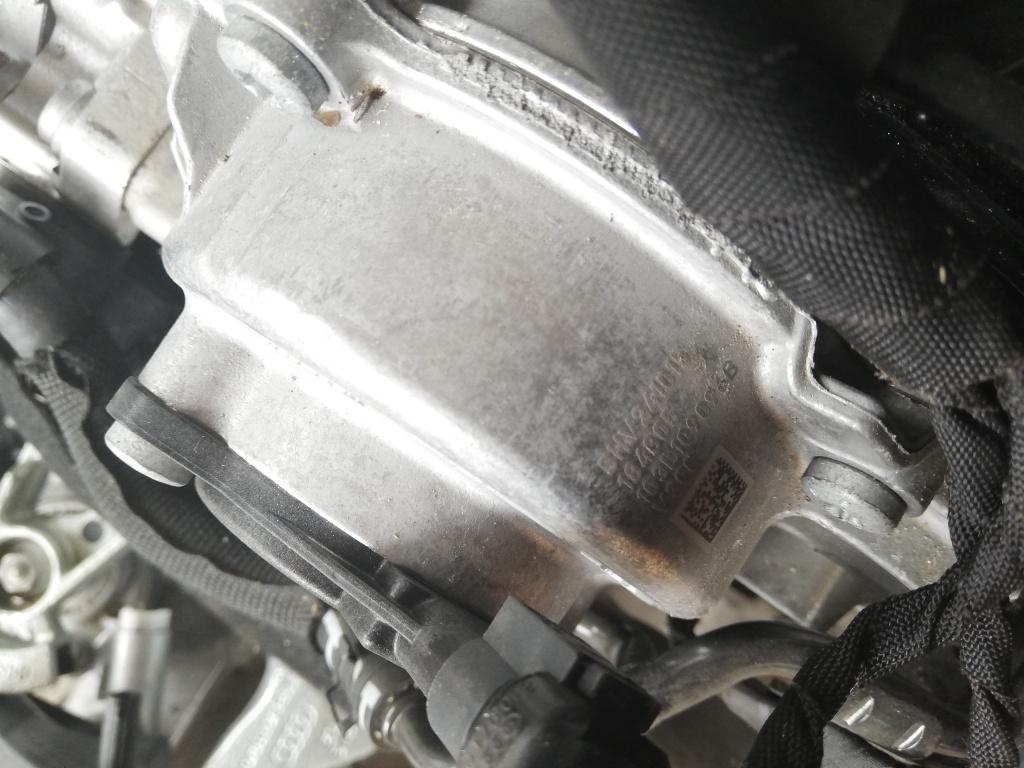 Pompa apa cu cuplare magnetica103L109096B VW Passat B8, Tiguan,seat skoda,audi 2.0 TDI 2014,aprox. 50.000 km