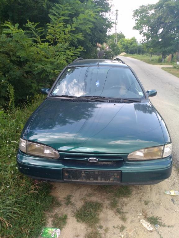 Pompa apa Ford Mondeo 1995 break 1,8 i