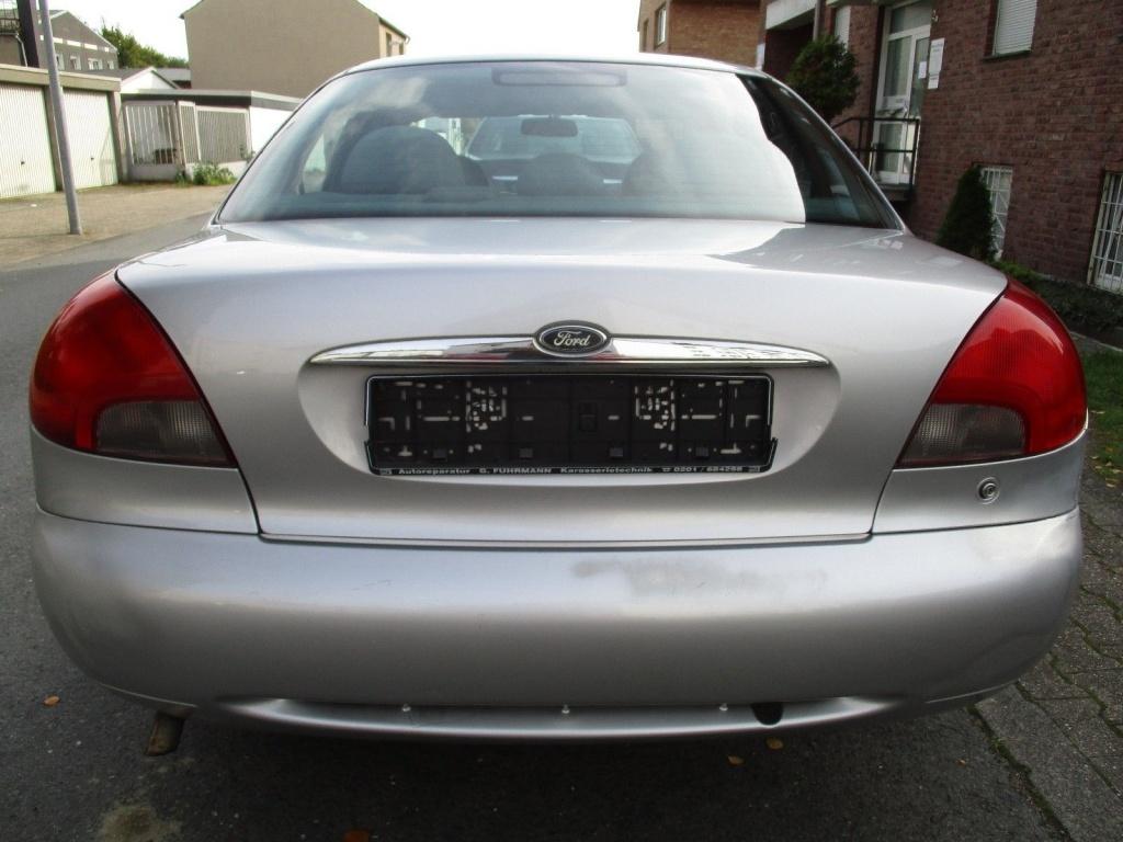 Pompa apa Ford Mondeo 1998 Hatchback 1.8