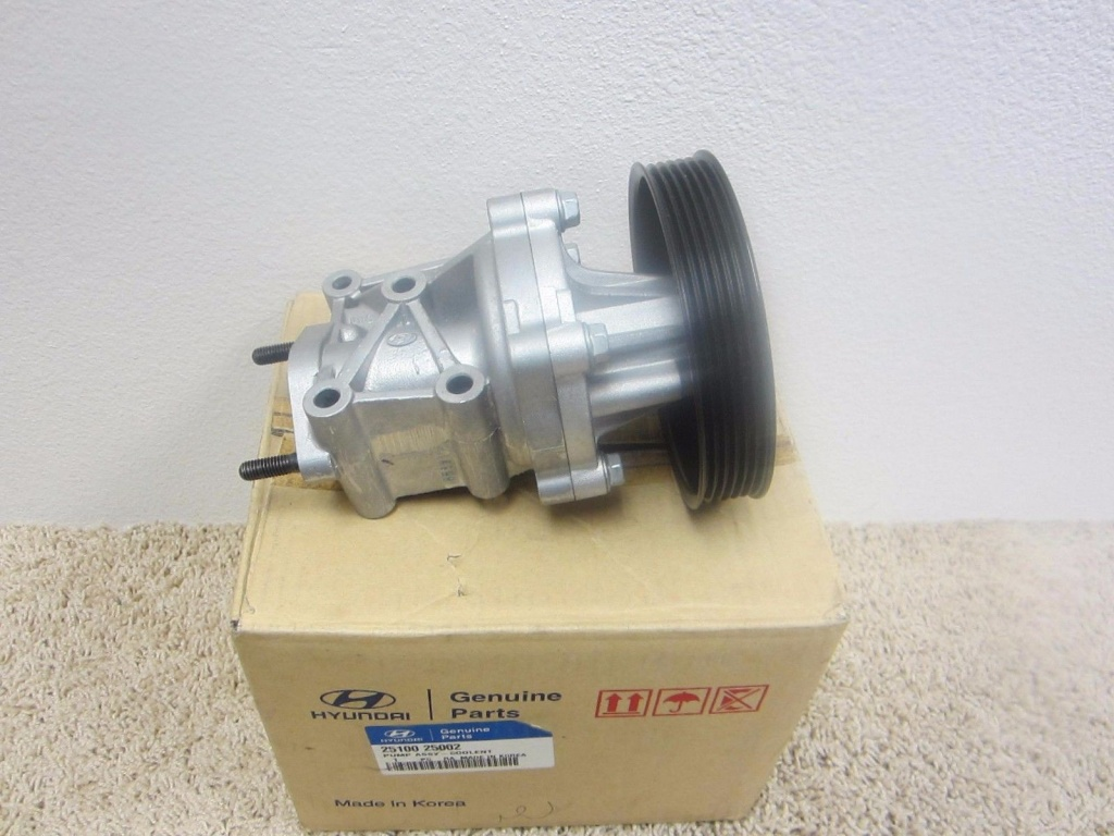 Pompa apa Hyundai Sonata NF 2.0i,2.4i DOHC, Kia Optima, Kia Rondo / 25100-25002 / Original