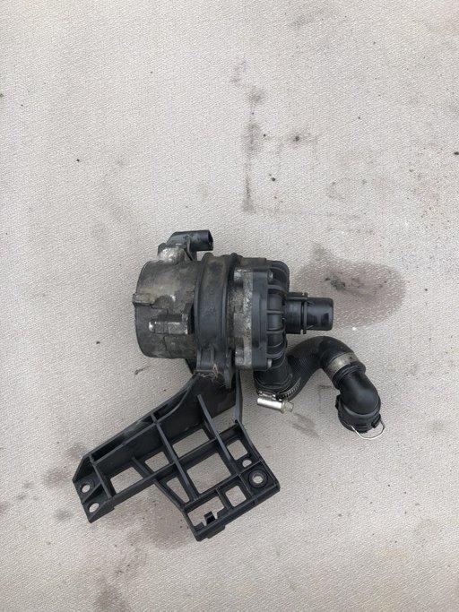 Pompa apa intercoolere BMW 750i