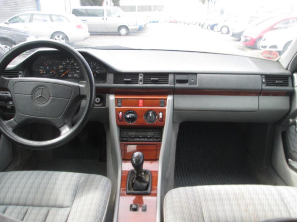 Pompa apa Mercedes E-CLASS W124 1991 Berlina 2.5