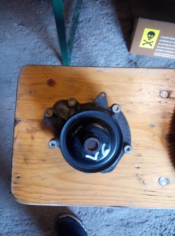 Pompa Apa Mercedes s320 e320 c320 cls320 ml320