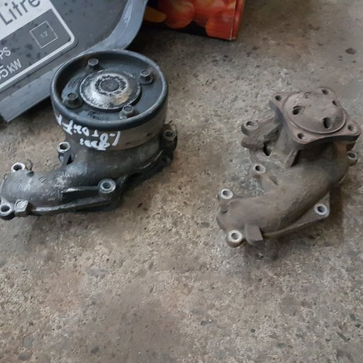 Pompa apa racire motor Ford Focus 1 1.8 diesel 199