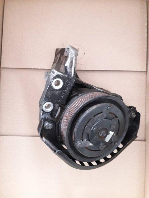 Pompa apa suplimentara Toyota Land Cruiser 3.0 D J120