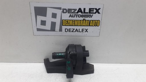 Pompa auxiliara Jaguar 2.7 4R83 18D473 AC