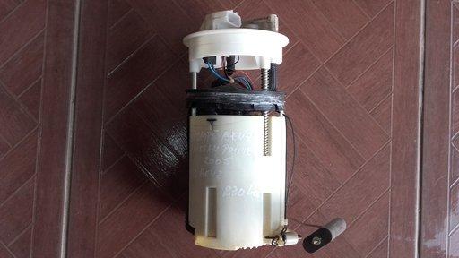 Pompa benzina Nissan Primera