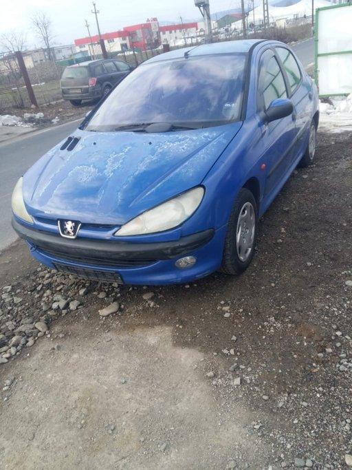 Pompa benzina Peugeot 206 1998 hatchback 1.6i