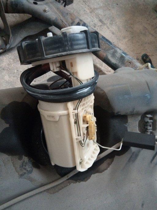 Pompa benzina Vw Golf 4 benzina 1998-2005 cod 1j09