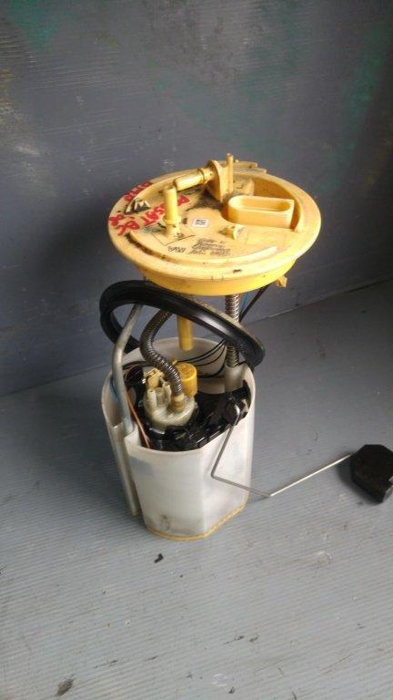 Pompa combustibil vw passat b6 2.0 tdi bmp 3c0919050aa