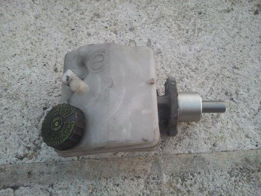 Pompa frana centrala cu vas lichid Peugeot 206
