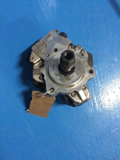 Pompa inalta presiune BMW X5 3.0TDI 04L130755D