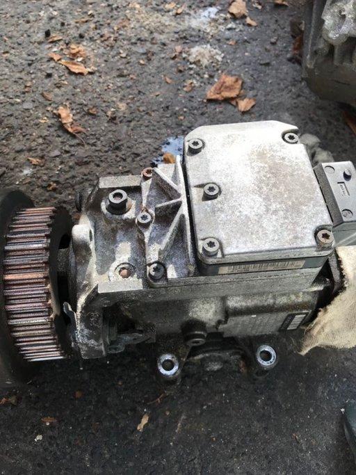 Pompa injectie Audi A6 2.5 tdi din 2002