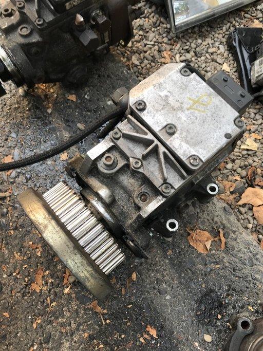 Pompa injectie Audi A6 2.5 tdi din 2002 0470506010 059130106C