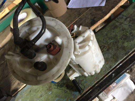 Pompa motorina rezervor AUDI A4 B8 8K 2.0 TDI 2009 2010 2011 2012