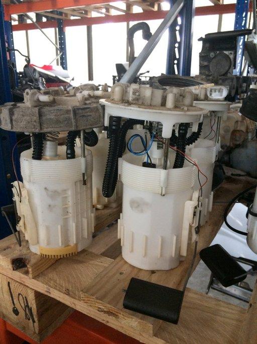 Pompa Motorina Rezervor Opel Vivaro 1.9 cdti F9Q